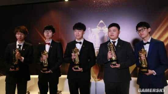 《英雄聯盟》頒獎盛典結果出爐 Uzi榮獲年度最受歡迎選手