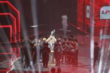 《英雄聯盟》亞洲對抗賽聯訪 說明厄薩斯與吸血鬼換線戰術